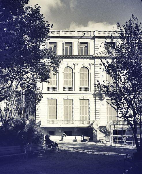 La Terapeuta - Jardines del Palacio Robert, Barcelona