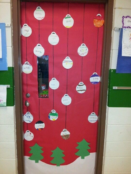 Christmas classroom door, Classroom door and Classroom  ~ 225633_Christmas Decorating Ideas For Classroom Door