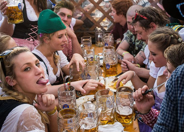 Also known as Little Oktoberfest, Springfest 2016 is a similar affair, with beer halls, big beer steins and delicious Bavarian cuisine.