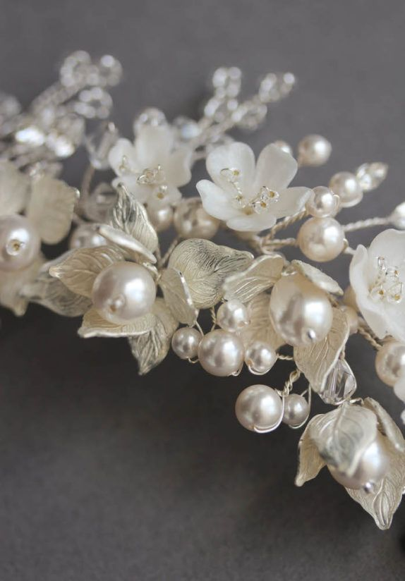 SOMERSET headpiece in silver tones 2