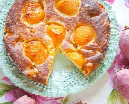 Мягкий пирог с рикоттой и персиками / Torta morbida con ricotta e pesche | Элла Мартино Рецепты Кулинарные туры Итальянская кухня