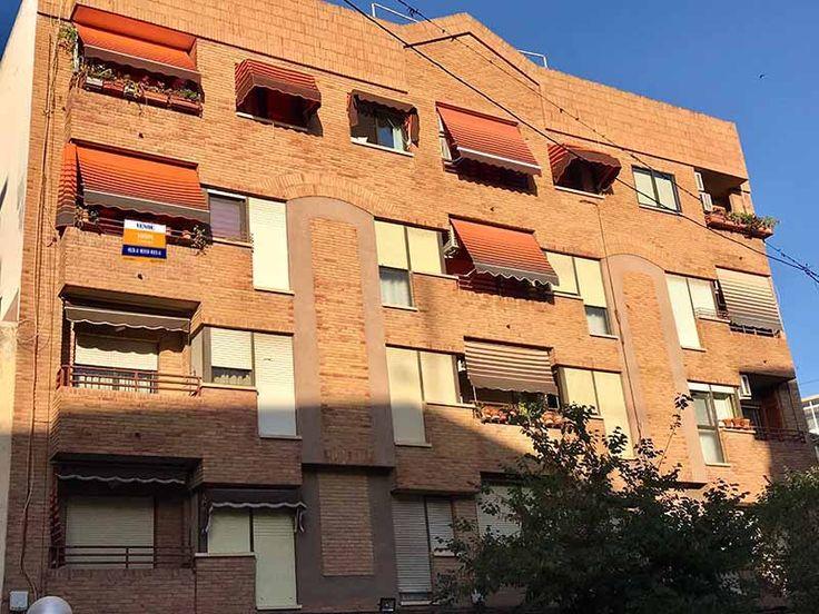 Piso en Alicante / Alacant Nº de referencia:web-0699 120.000€ Imprimir página Compartir Simulador de Hipotecas Presentación Multimedia Fotos OCASIÓN Detalle inmueble Tipo de propiedad:Piso Tipo de operación:Venta Provincia:Alicante …