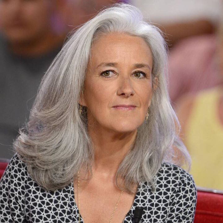 Tatiana de Rosnay's photo. in 2020 Silver haired
