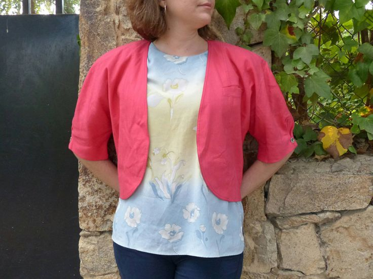 """Linen womens Jacket Vintage 1980s. Summer Vintage clothing. Chic coral pink short globe sleeves """"Torera"""". Gift for you. Event jacket."""