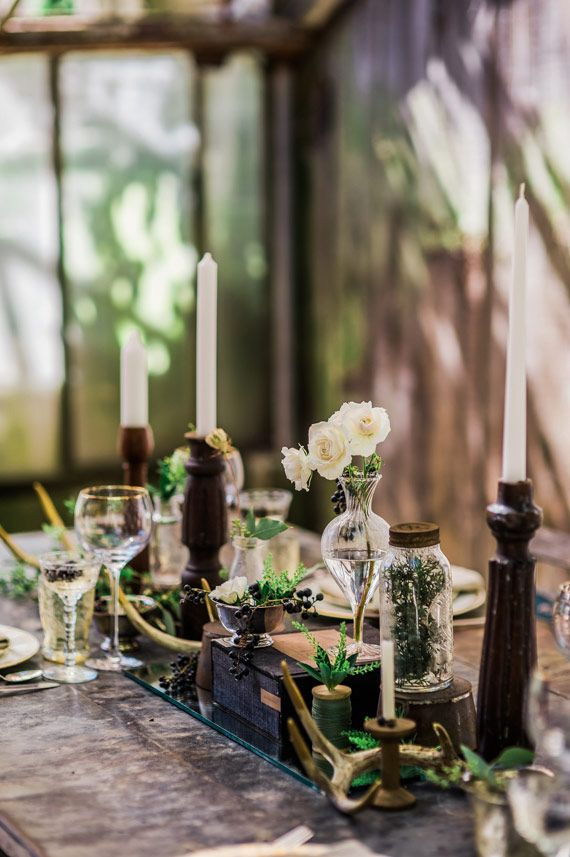 Fall botanical wedding inspiration | Photo by Photo by Erin Trimble | Read more - http://www.100layercake.com/blog/?p=80579