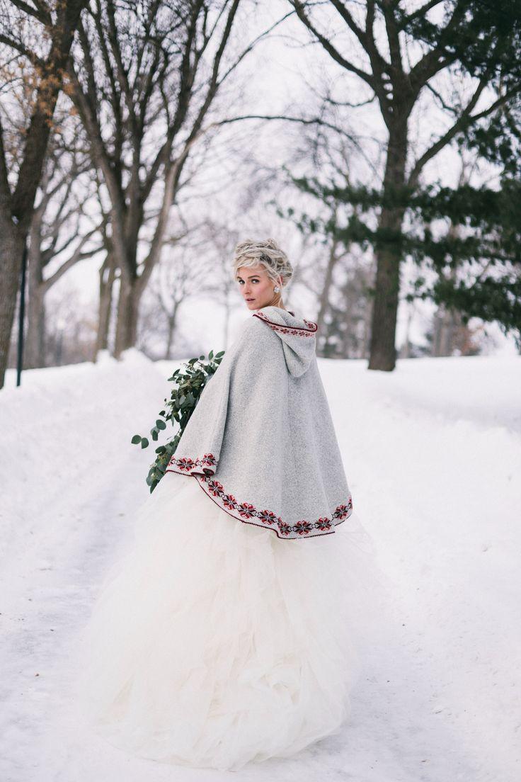 Photography: Jaimee Morse - www.jaimeemorse.com  Read More: http://www.stylemepretty.com/2014/06/20/scandinavian-diy-stylized-shoot/