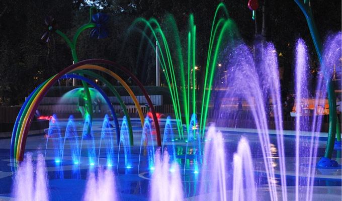 Vortex Aquatic Structures | How Splashpads Address Economic Issues in Sustainable Water Playground Design | www.vortex-intl.com