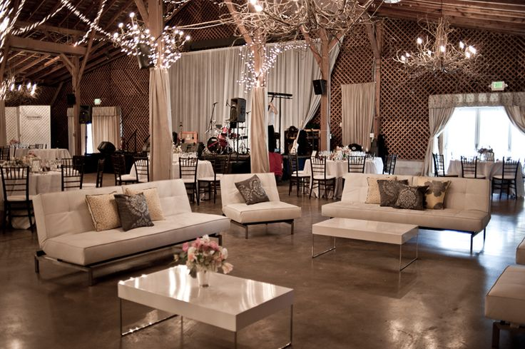 #wedding trend: lounge furniture for your guests