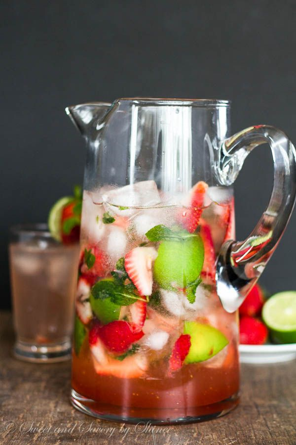 Super easy pitcher of strawberry mojito is perfect for any cocktail party. Refreshing, fun and irresistibly tasty!