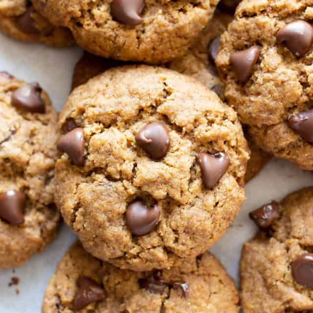 4 Ingredient Easy Vegan Chocolate Peanut Butter Bars Gluten Free Heal In 2020 Paleo Chocolate Chips Paleo Chocolate Chip Cookies Vegan Oatmeal Chocolate Chip Cookies
