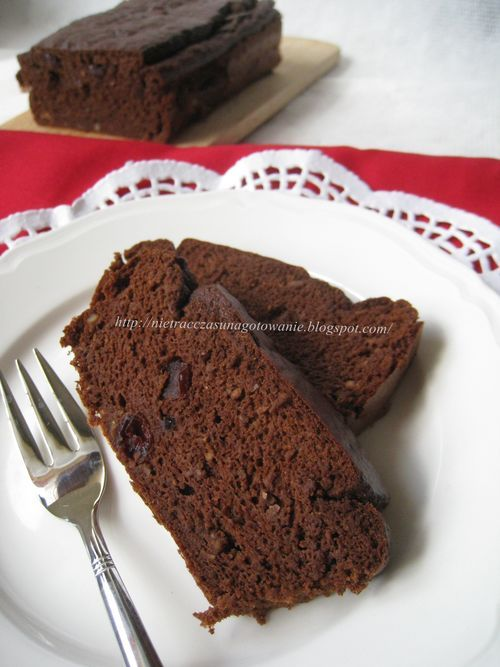 Ciasto z ciecierzycy bez cukru, mąki, tłuszczu i glutenu
