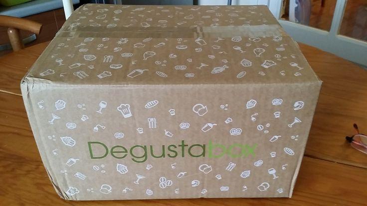 Fan de nouveauté, je me suis inscrite pour la première Dégustabox Française, qui vient d'arriver ce soir à la maison. Un colis plein de surprise, avec des produits insolites, nouveaux pour la plupart, mais concocté par des grandes marques. Lien vers leur...