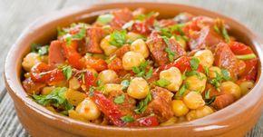 Recette de Mijoté de pois chiches minceur au chorizo et aux poivrons. Facile et rapide à réaliser, goûteuse et diététique.