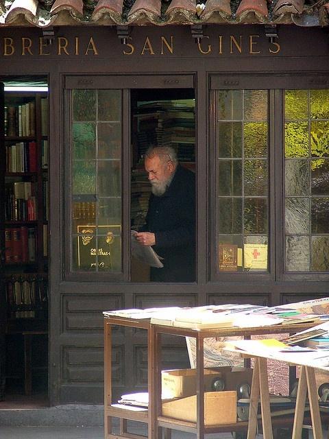 Librería San Gines Madrid Spain