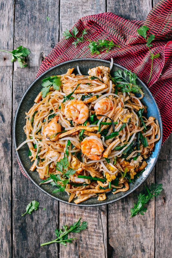 Pad Thai - This shrimp pad thai recipe is filled with shrimp, fresh vegetables, and a flavorful pad thai sauce made with the fastest, easiest, 5-minute shrimp stock.