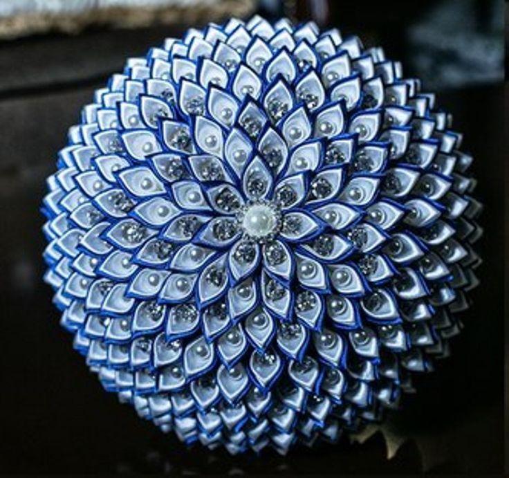 Ramo de novia hecho a mano de color azul blanco por DeShiko en Etsy