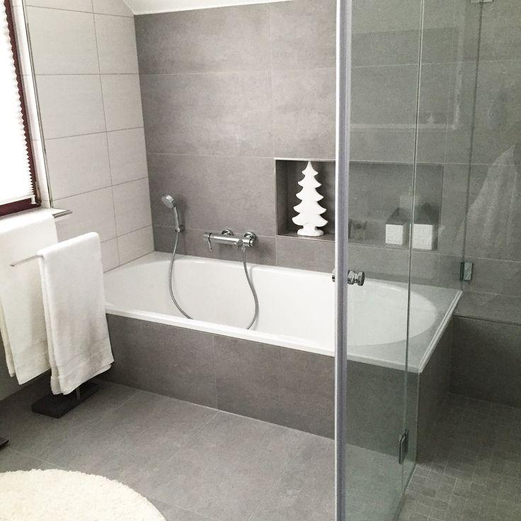 unser bad hat seit einer woche endlich auch eine duschkabine unsere dusche ist 1 50m lang ich. Black Bedroom Furniture Sets. Home Design Ideas