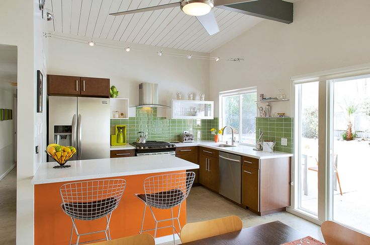 The first step toward bringing this desert dream home back to life was focusing on a contemporary kitchen.