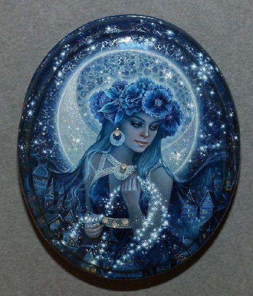 Selena - Mistress of the night sky, the Goddess of the Moon