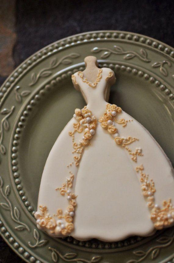 Vestido de galletas 6 piezas bordado completo por MarinoldCakes