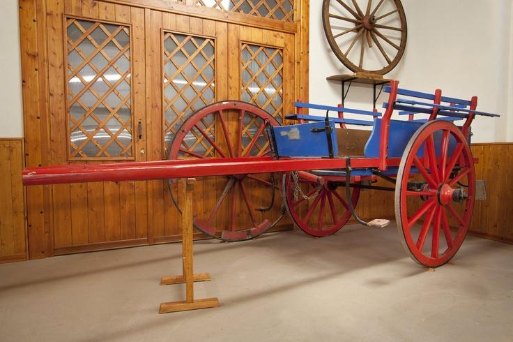 Carretto per il cavallo comunemente chiamato biga o vignarola... costruito all'Aquila fine anni '40, in via dei giardini nella bottega dei f.lli Fossi (Agostino e Alfredo mastri carradori)