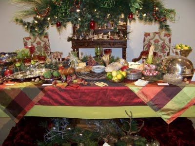 29 best christmas tablescapes images on Pinterest   Christmas ...