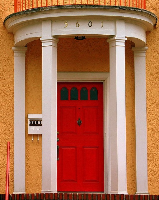 Red Door in the City I love Baltimore. Itu0027s a great city for living working and playing. I especially love the architecture. Saw this great enu2026 & Red Door in the City I love Baltimore. Itu0027s a great city for ... pezcame.com