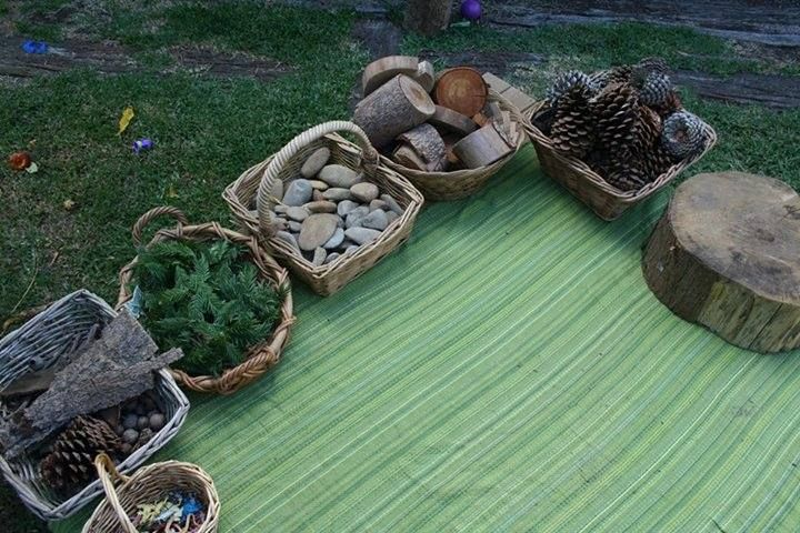 Loose parts outdoors https://www.facebook.com/happydaysfdc