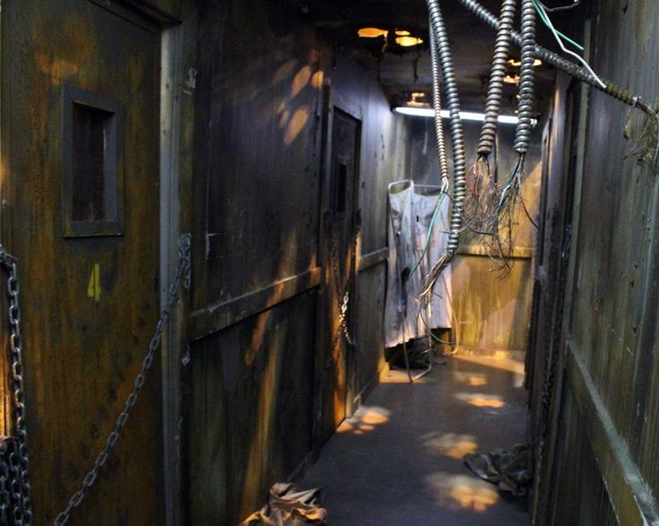 1000 images about haunted asylum on pinterest victorian for Haunted house hallway ideas
