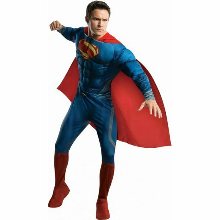 Ya es posible disfrazarse del último personaje de Superman: Man of Steel o Hombre de Acero. Adquiere cualidades sobrehumanas propias de Clark Kent enfundado en este mono con el pecho musculoso y capa roja. Disfraz Bajo licencia oficial Warner™.