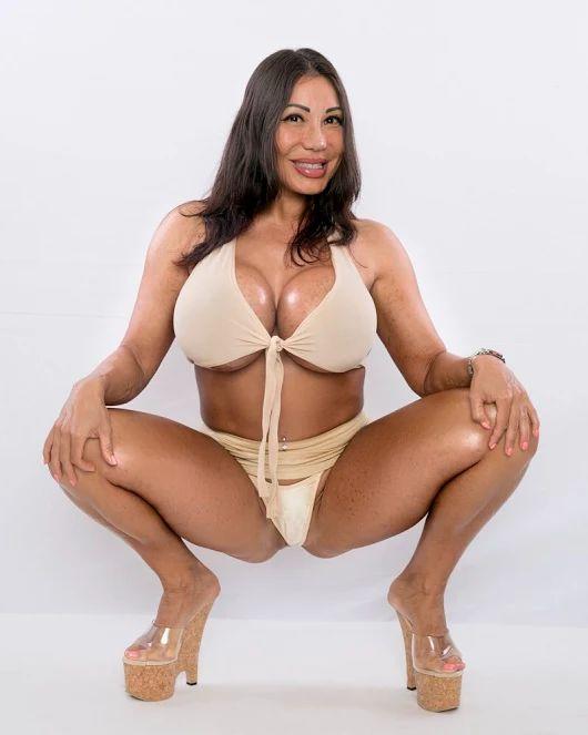 Ava Devine Tits 83