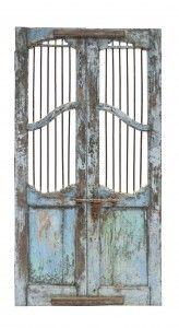 puerta antigua azul