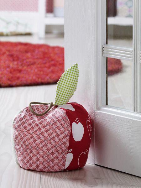 An diesem Türstopper kommt niemand vorbei! Der Apfel ist das Lieblingsobst der Deutschen. Doch wir haben die Vitaminbombe nicht nur zum