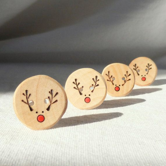 Handmade Reindeer Buttons, Pyrography Wood Button, DIY Christmas Ideas 4pce 1
