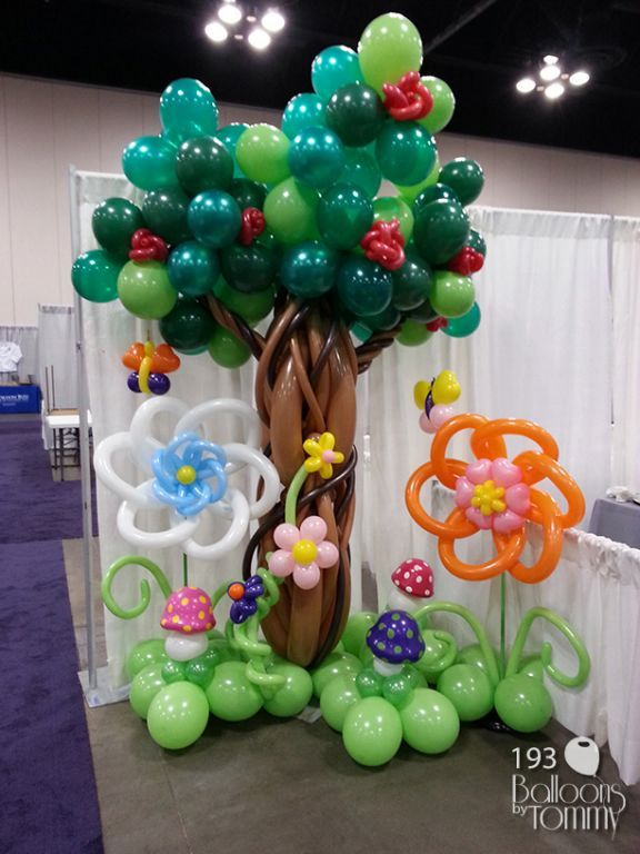 An Alice and Wonderland themed expo calls for some balloon trees.  | Balloons by Tommy | #balloonsbytommy
