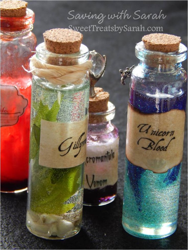 Harry Potter Project Part 1 : Potion Bottles            I've finally started the Harry Potter DIY Christmas gifts for my daughter.   For...