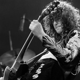 The 40 Greatest Led Zeppelin Songs of All Time: 'Black Dog' 1971 | Rolling Stone