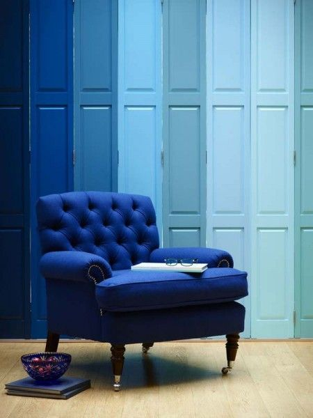 ombre blue shutters & stunning cobalt blue chair | Interior design | Blue furniture |