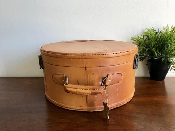 Vintage Leather Hat Box Luggage Round Brown Small Leather Luggage New Old Stock Pristine Inside Makeup Retro Round Leather Hats Vintage Leather Leather