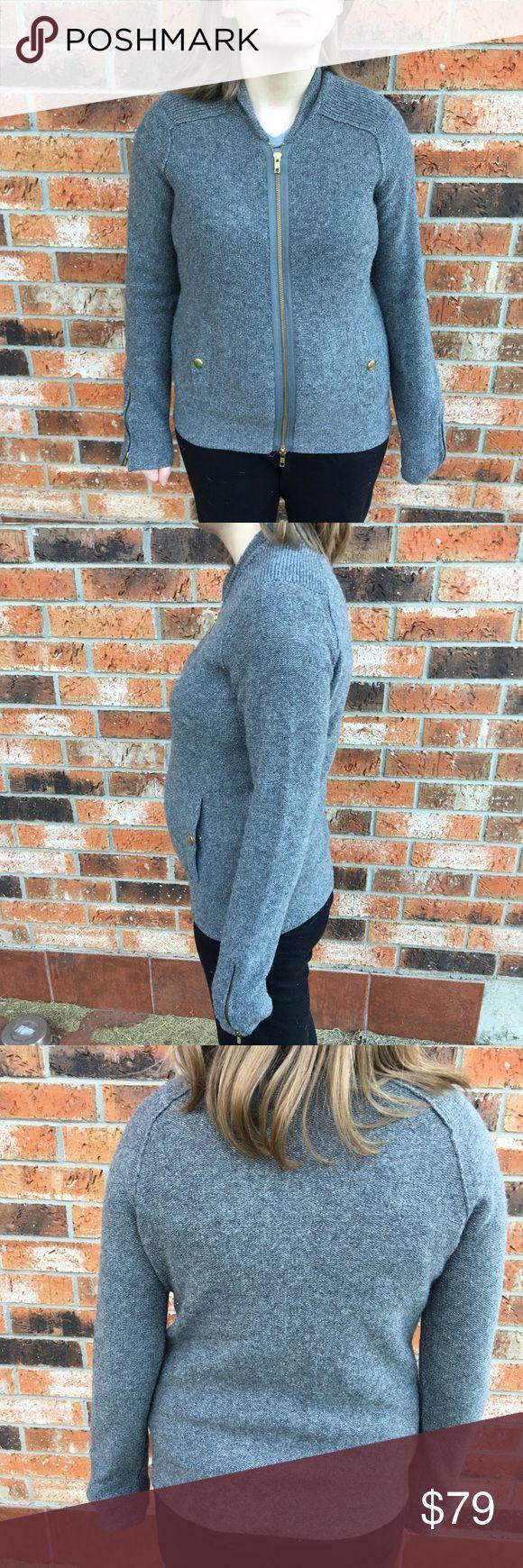 "J. Crew gilded sweater jacket Women's Small J. Crew gilded sweater jacket Women's Small 19"" arm pit to arm pit. 22"" length. 95% merino wool 5 % metallic. Great Condition. J. Crew Tops Sweatshirts & Hoodies"