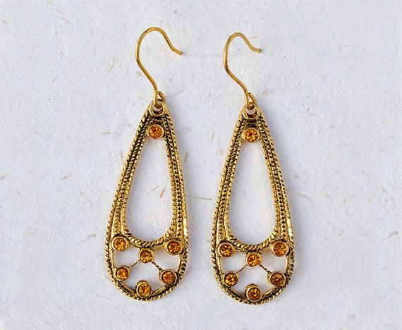 Alida  Italian vintage jewelry Topaz drop shape di SmeraldaVintage