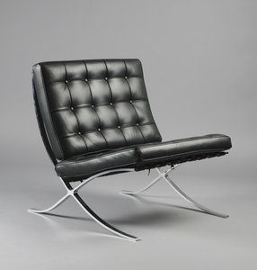 Ludwig Mies van der Rohe Barcelona, Model No. MR90 (1929)