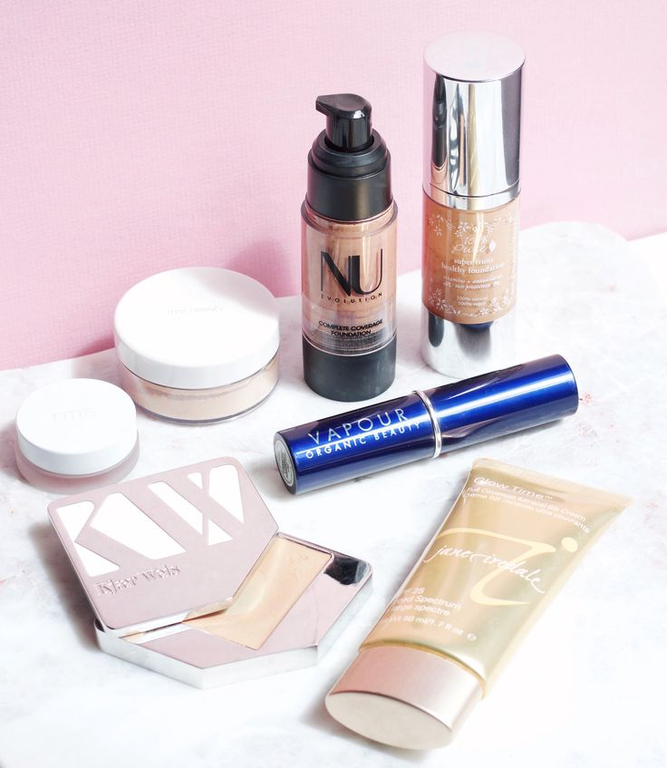One of the most popular questions I get asked each day is about face foundation. Which is the best? Which is the cleanest? Which do I love for a matte finish or perhaps when I'm in the mood for a dewier one? Because everyone has a different preference on foundation, it's impossible to have just one go-to pick, so, instead I like to suggest a few and let you all decide from there. Below, you will find my favorite foundations and a little bit on why I like each one! With this information, you…