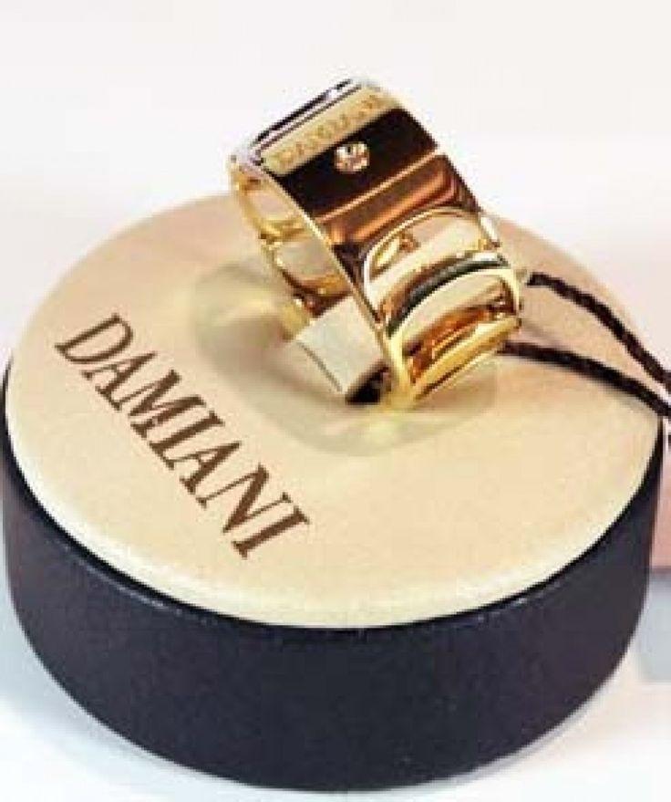 Anello Damiani con diamanti naturali della Collezione Damianissima