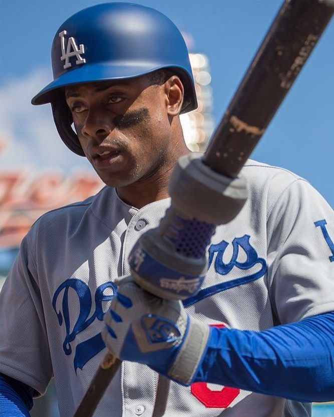 The Dodgers have left Curtis Granderson off their World Series roster. We feel for you Grandy just shake it off. The Dodgers made a big mistake not letting you on the roster. #mlb #giants #pirates #cubs #nationals #mets #braves #baseball #beisbol #yankees #royals #tigers #orioles #bluejays #redsox #dodgers #rangers #astros #athletics #worldseries #reds #whitesox #twins #mariners #angels #marlins #cardinals #rangers #phillies #brewers #indians