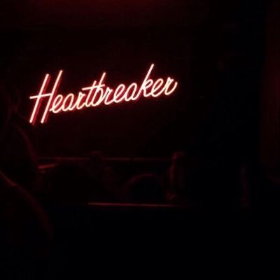 Heartbreaker | neon lights decor wasted youth love |