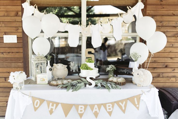 Rustic and wooden all white themed baby shower party | Jasmine Adisbeth Photography | Dallas/Fort Worth, Texas