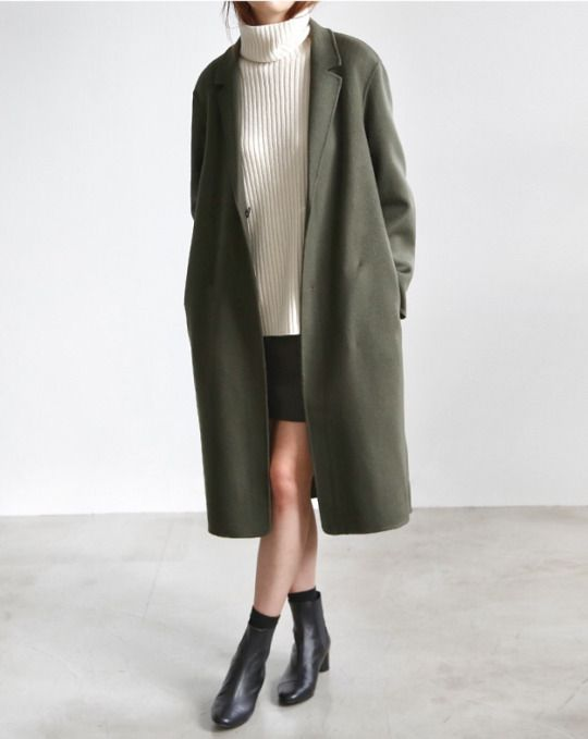 short skirt and a long jacket Minimalism & Co.