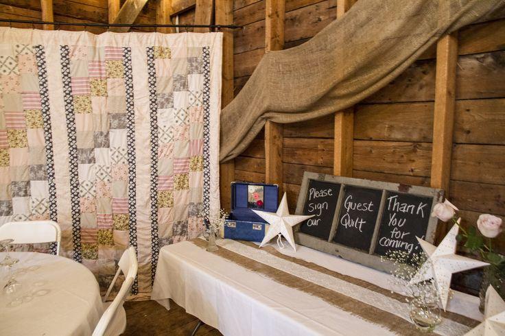 Handmade quilt to sign instead of guestbook