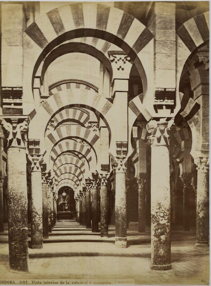 J. Laurent. Espagne, Cordora, Vista interior de la catedral o mezquita     #Europe #Espagne_Espana